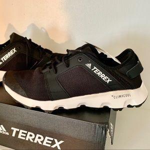 NWT Adidas Terrex ClimaCool Voyager sleek sneakers